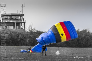 Belgian Defense - Skydivers